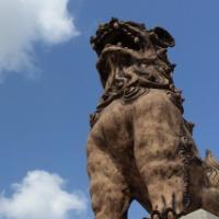 シーサー石像