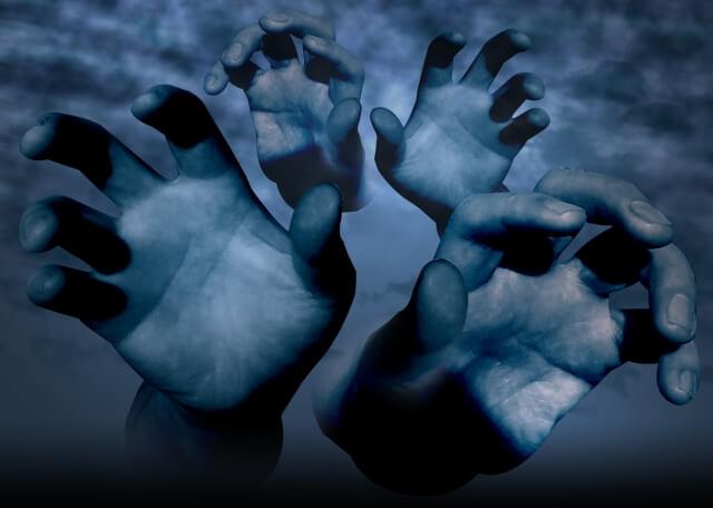 忍び寄る魔の手