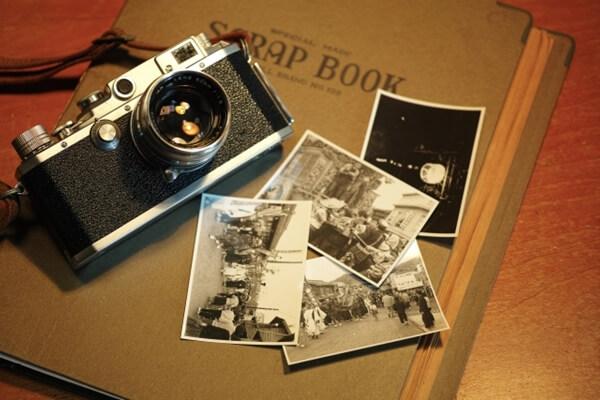 レトロカメラとモノクロ写真